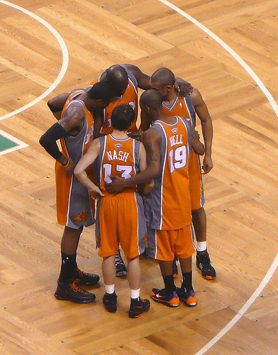 The Suns are going to have to work together if they want to make the playoffs. Photo by Lorianne Disabato.